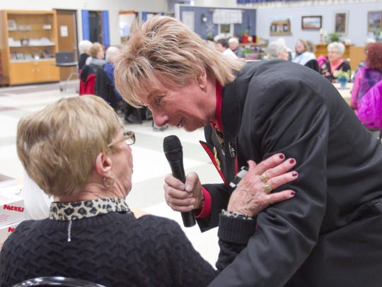 In a show at the Hartland Senior Center, Barry Manilow