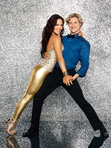 Say hi to the Season 18 cast of 'Dancing With the Stars' and check out their official show portraits. USA TODAY's Ann Oldenburg handicaps the lineup, starting with Olympian Charlie White. His pro partner, Sharna Burgess is clearly going for the gold.
