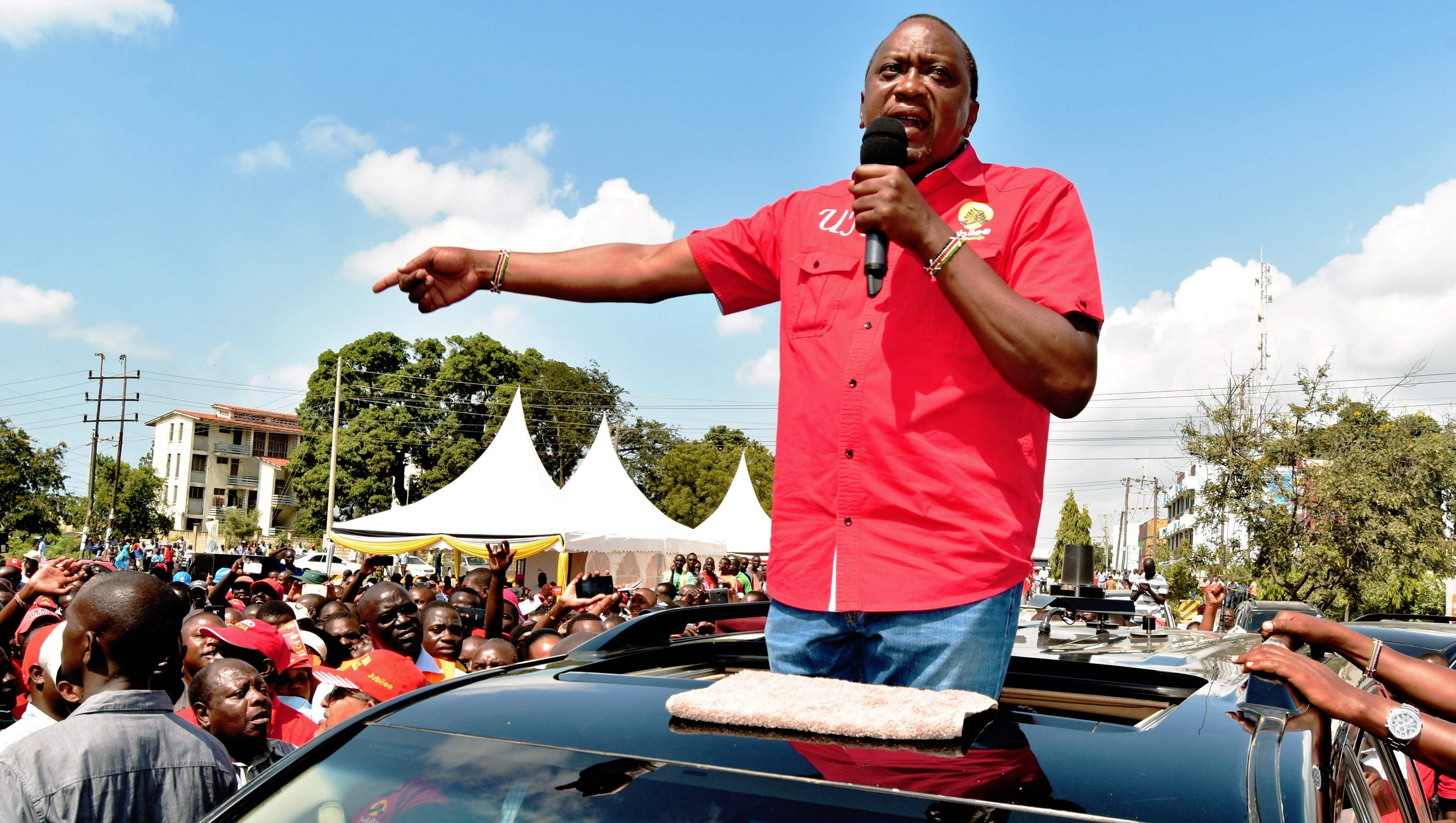 Kenya's hotly contested presidential election marred by violence — once again
