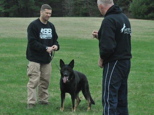 20150501_policedogs003.JPG