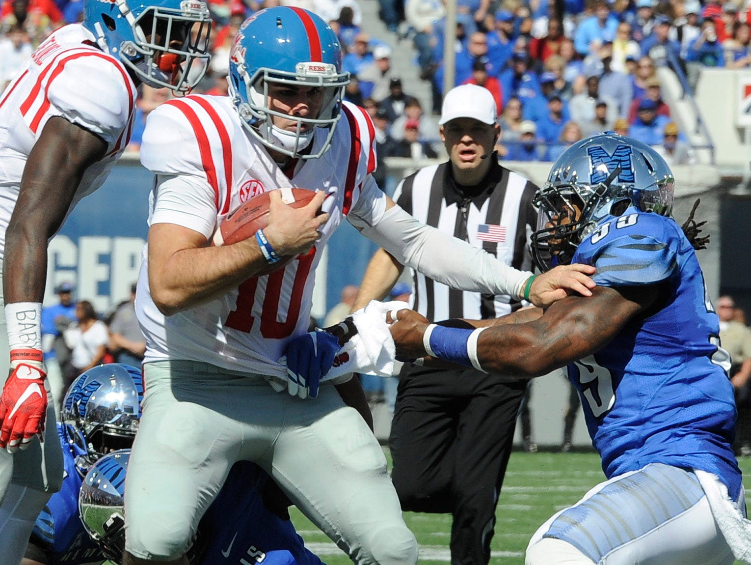 Ole Miss needs quarterback Chad Kelly (10) to continue his early success against Texas A&M's strong secondary on Saturday.