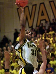 Marcus Taylor led Waverly to the 2000 Class A boys