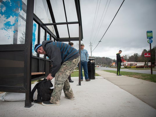 BMN 113017 Veterans bus shelter