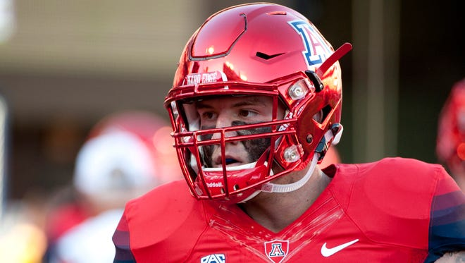 Sep 26, 2015: Arizona Wildcats linebacker Scooby Wright III (33) warms up before the game against the UCLA Bruins at Arizona Stadium.