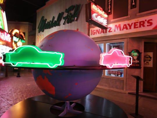 The Spinning Globe.