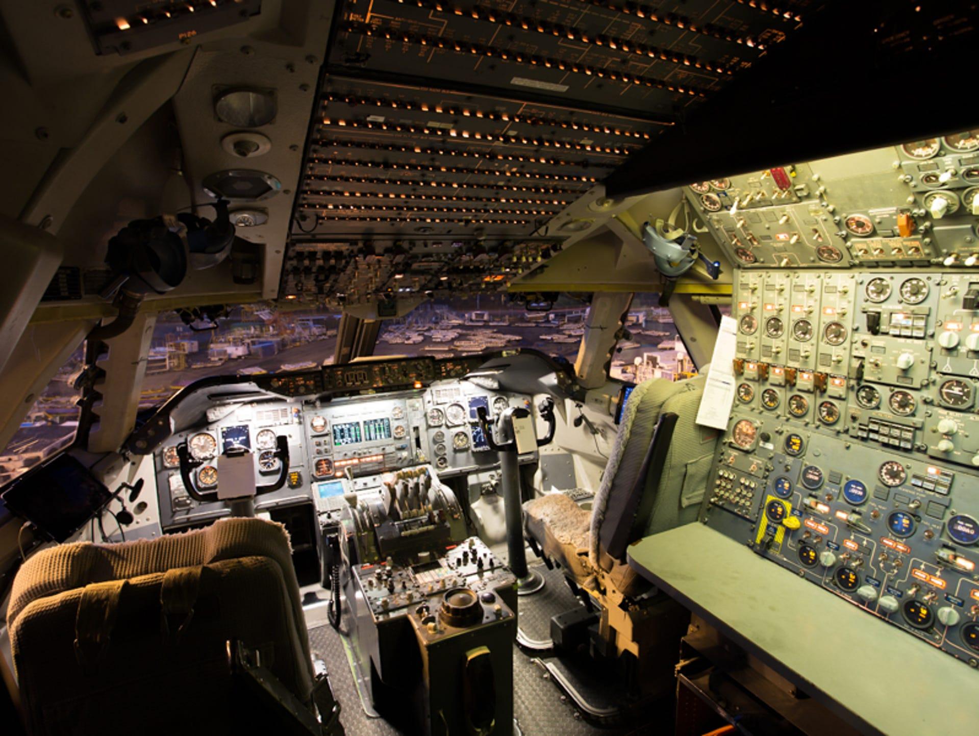 636283627145061863-2017-04-20-Kalitta-Air-last-747-200-17.jpg