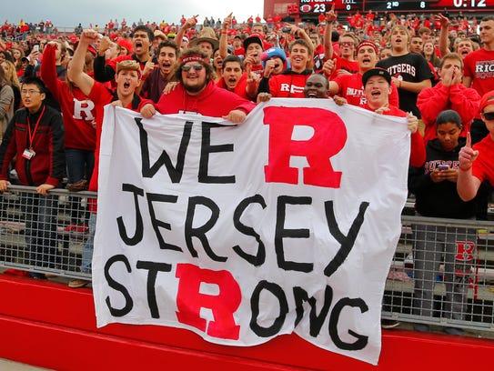 2014-05-21_Rutgers-fans