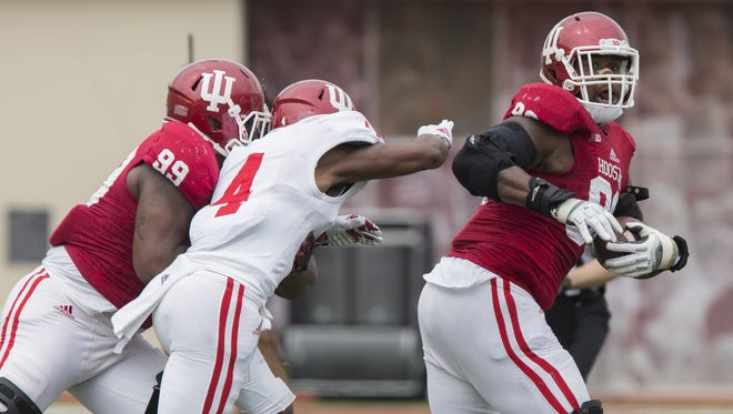 Darius Latham (right) and Adarius Rayner (left) will help anchor an experienced defensive line group this season.