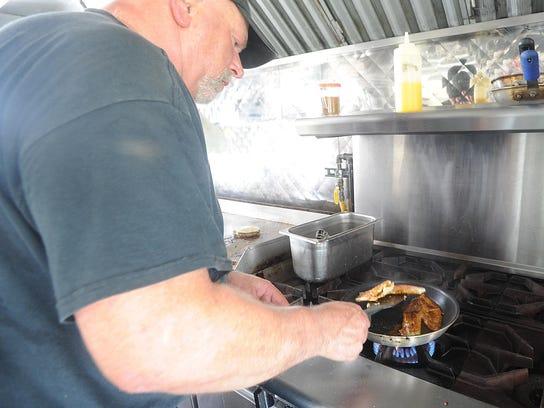 Chameleon Food Truck Green Bay