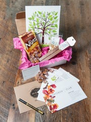 Datebox Club's November 2017 box had a family tree and gratitude theme.