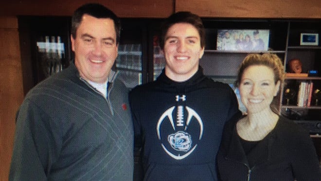 Jack Sanborn (middle) committed to UW.