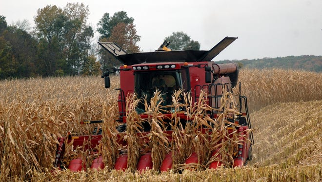 Wisconsin farmers push toward the finish line as harvests of corn and soybeans roll with the good weather.