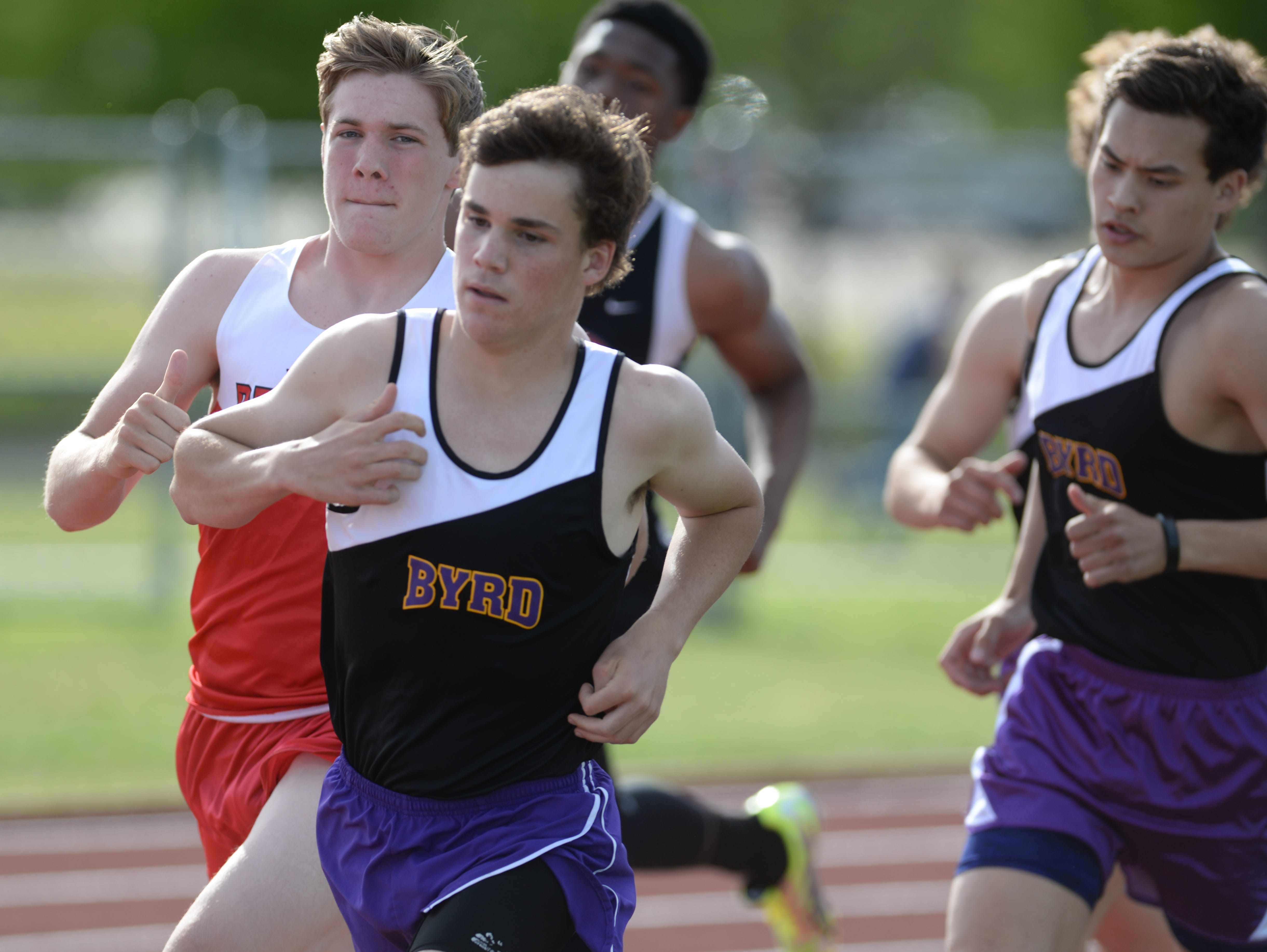 Allen England of Byrd finished second at the Shreveport relays in the 1600m run.