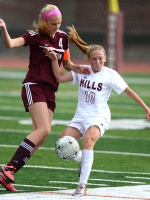 Madison Carlo (10) had an assist for Wayne Hills in a win over Passaic Tech.