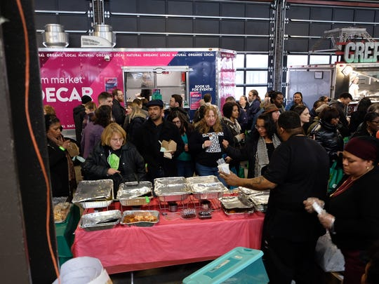 V313: Detroit's first vegan festival drew more than 2,000 people to Eastern Market.