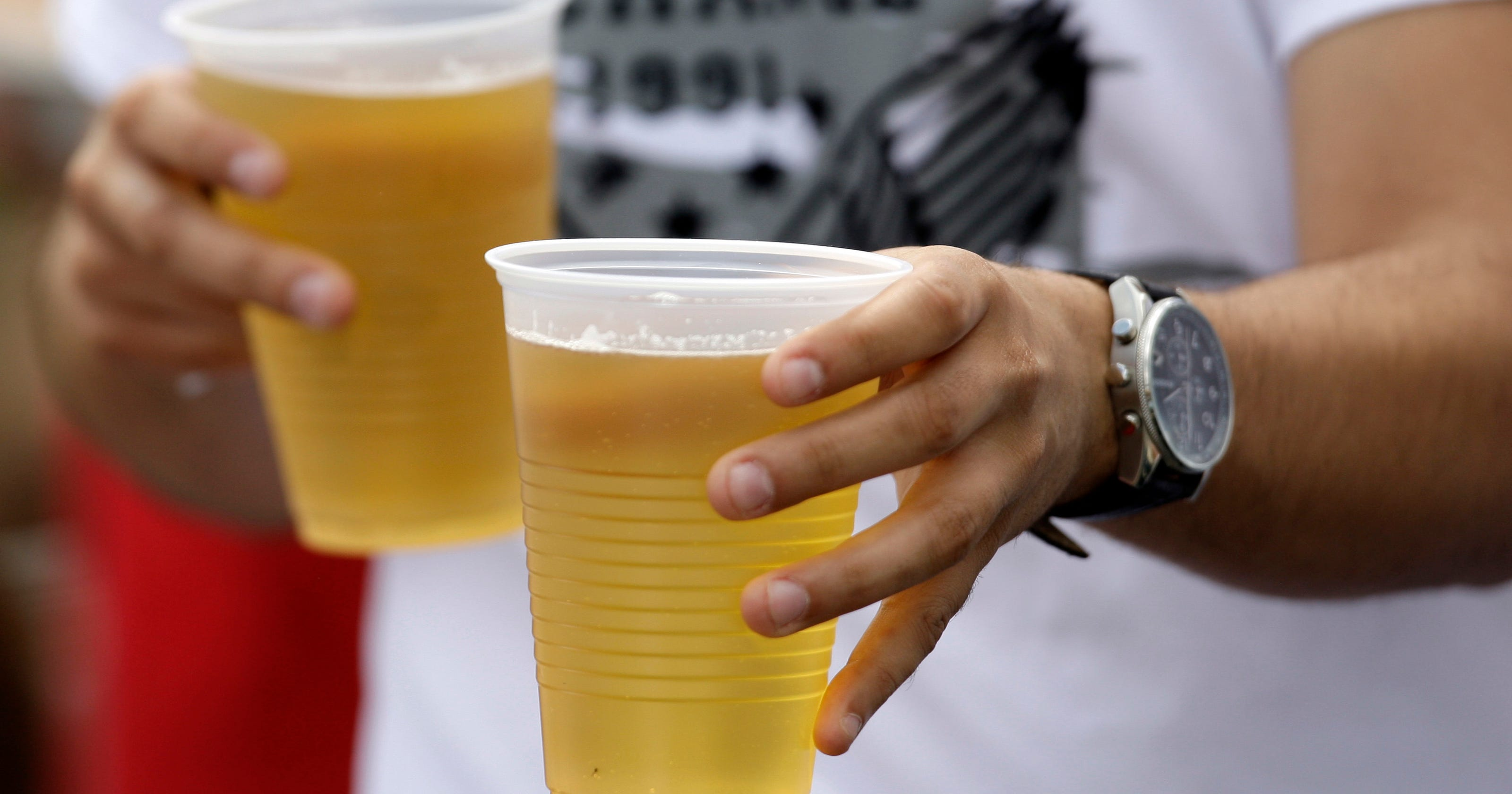 Study Parents Who Give Their Teenagers Alcohol Are Inviting Trouble