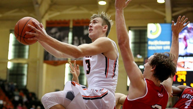 Freshman forward Tres Tinkle (3) begins his OSU career playing for his father.