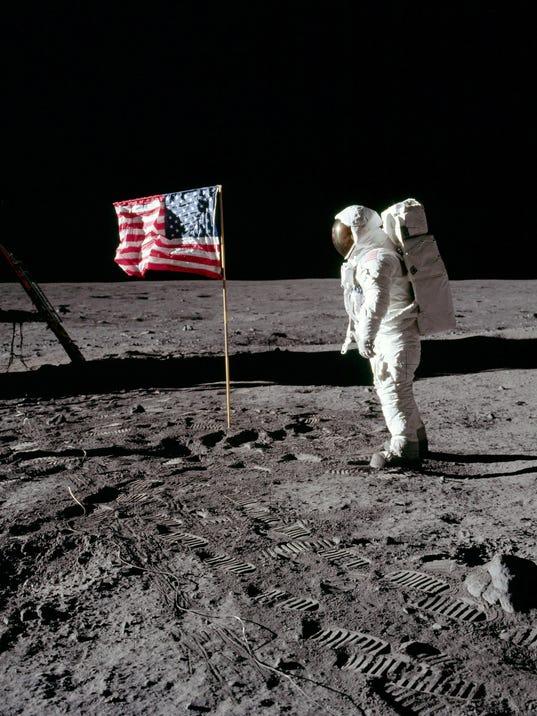 -MORBrd_07-20-2014_Daily_1_A004~~2014~07~19~IMG_NASA_AS-11-40-5875.j_3_1_HP7.jpg