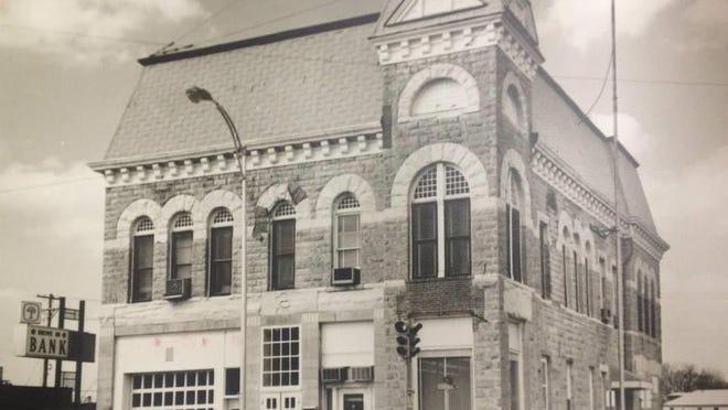 Built in 1887, this building housed the original El Dorado City Hall.