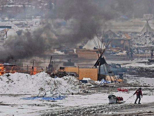 636234550674168139-Oil-Pipeline-mklinski-argusleader.com-2.jpg