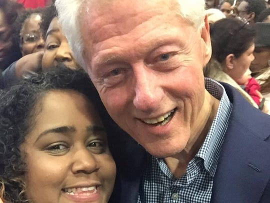 Rep. Raumesh Akbari takes a selfie with former President