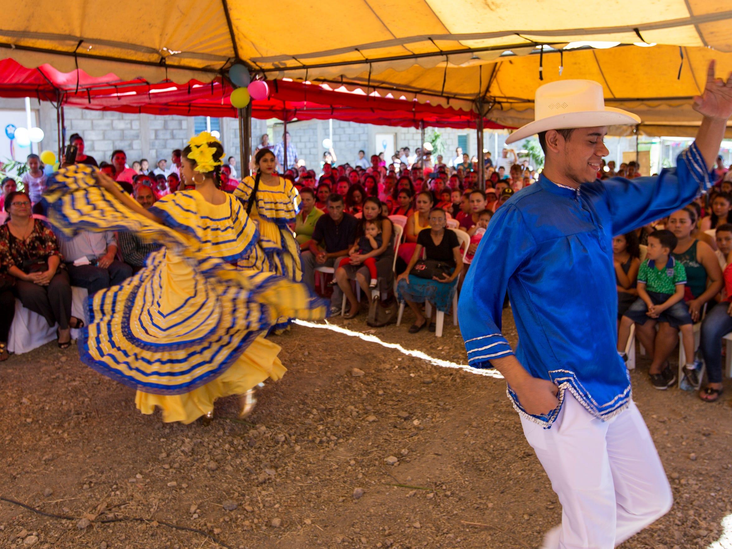 Dancers in traditional costumes performed Nicaraguan