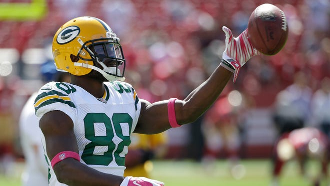 Green Bay Packers wide receiver Ty Montgomery  warms up before the game against the San Francisco 49ers.