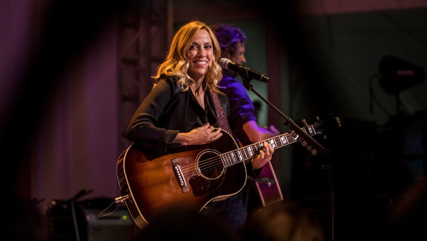 https://www.usatoday.com/story/life/nation-now/2017/10/04/sheryl-crow-assault-weapon-ban-pro-life/731337001/