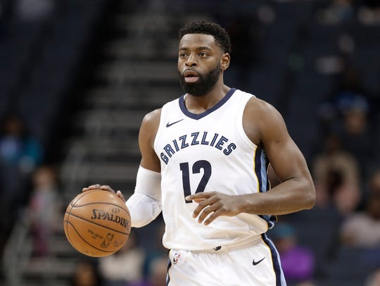 Tyreke Evans was one of eight players to average 19