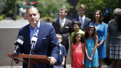 City Commissioner Scott Maddox announces 2016 run for school superintendent.