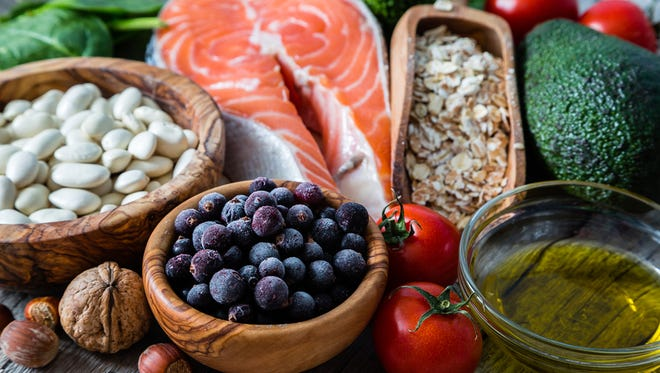 The best diets for heart health include fruits, vegetables, lean meats and fish, healthy fats, and whole-grains.