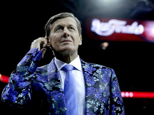Legendary TNT sideline reporter Craig Sager talks for