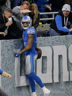 Lions receiver Kenny Golladay celebrates his 54-yard touchdown in the second quarter against the Packers at Ford Field on Sunday, Dec 31, 2017.