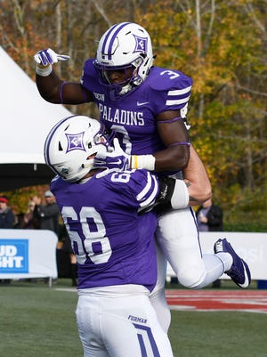 Furman takes rankings in both national polls into its regular-season finale at Samford on Saturday..