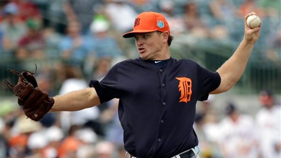 Detroit Tigers' Justin Wilson pitches against the Houston