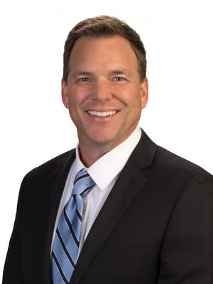 Troy Hayden joined Channel 10 (KSAZ) in 1994.