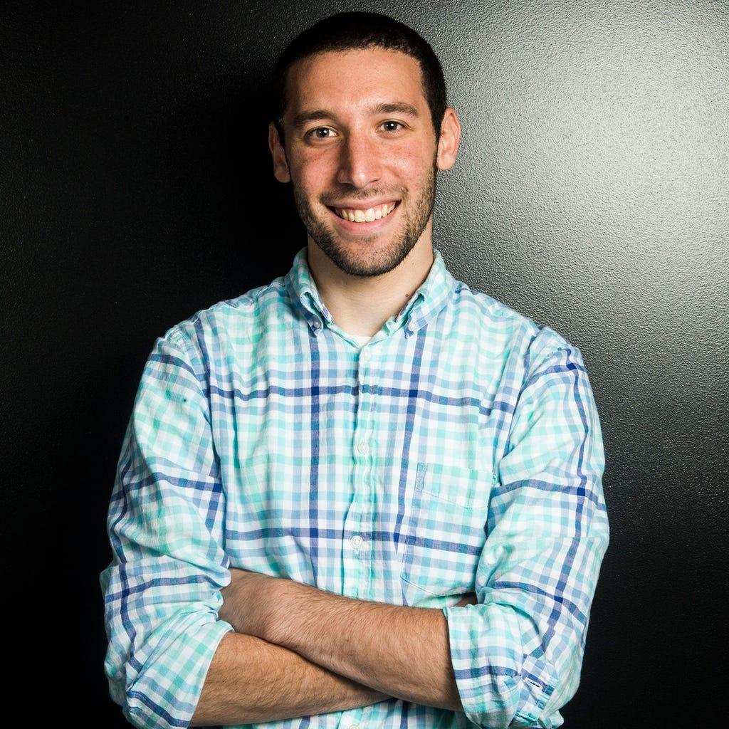 Dustin B Levy