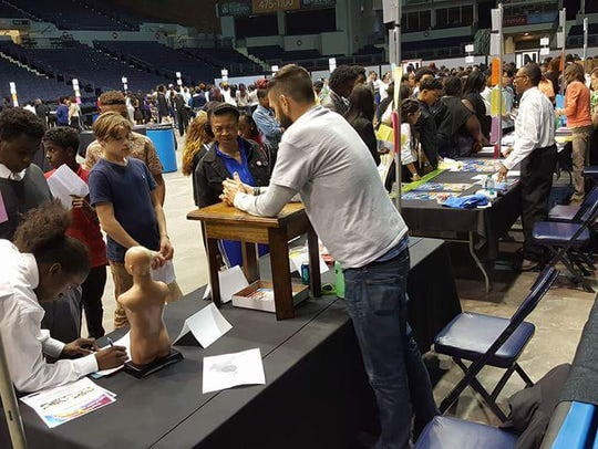 More than 1,000 teens showed up for a summer job fair