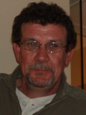 Lowell Pickhardt, 59