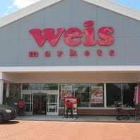 Weis Markets offers sneak preview ahead of Thursday's opening in Randolph