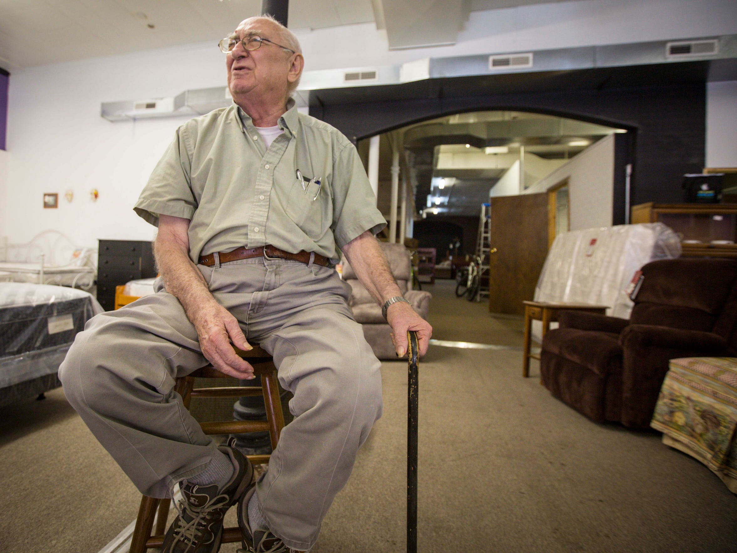"""""""He doesn't mess around,"""" 80-year-old Edward Thompson"""