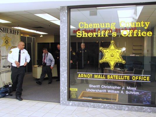 ELM 110415 sheriffoffice 1 jdm