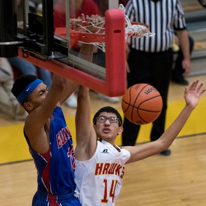 Las Cruces boys roll, remain undefeated