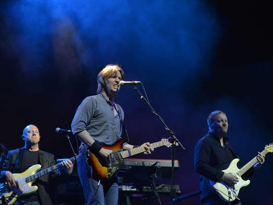 The British rock band Dire Straits also will be inducted.