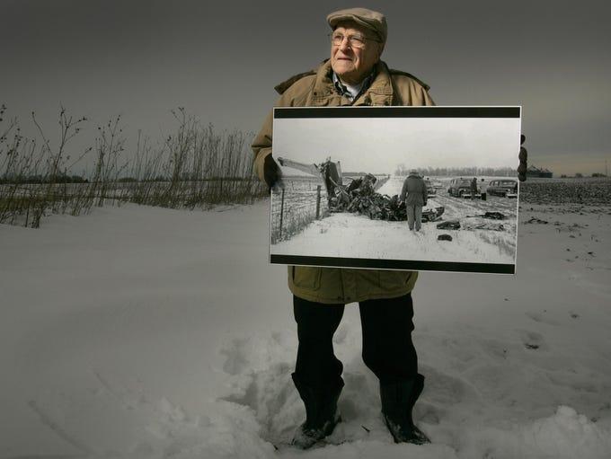 Former Mason City Globe Gazette photographer Elwin