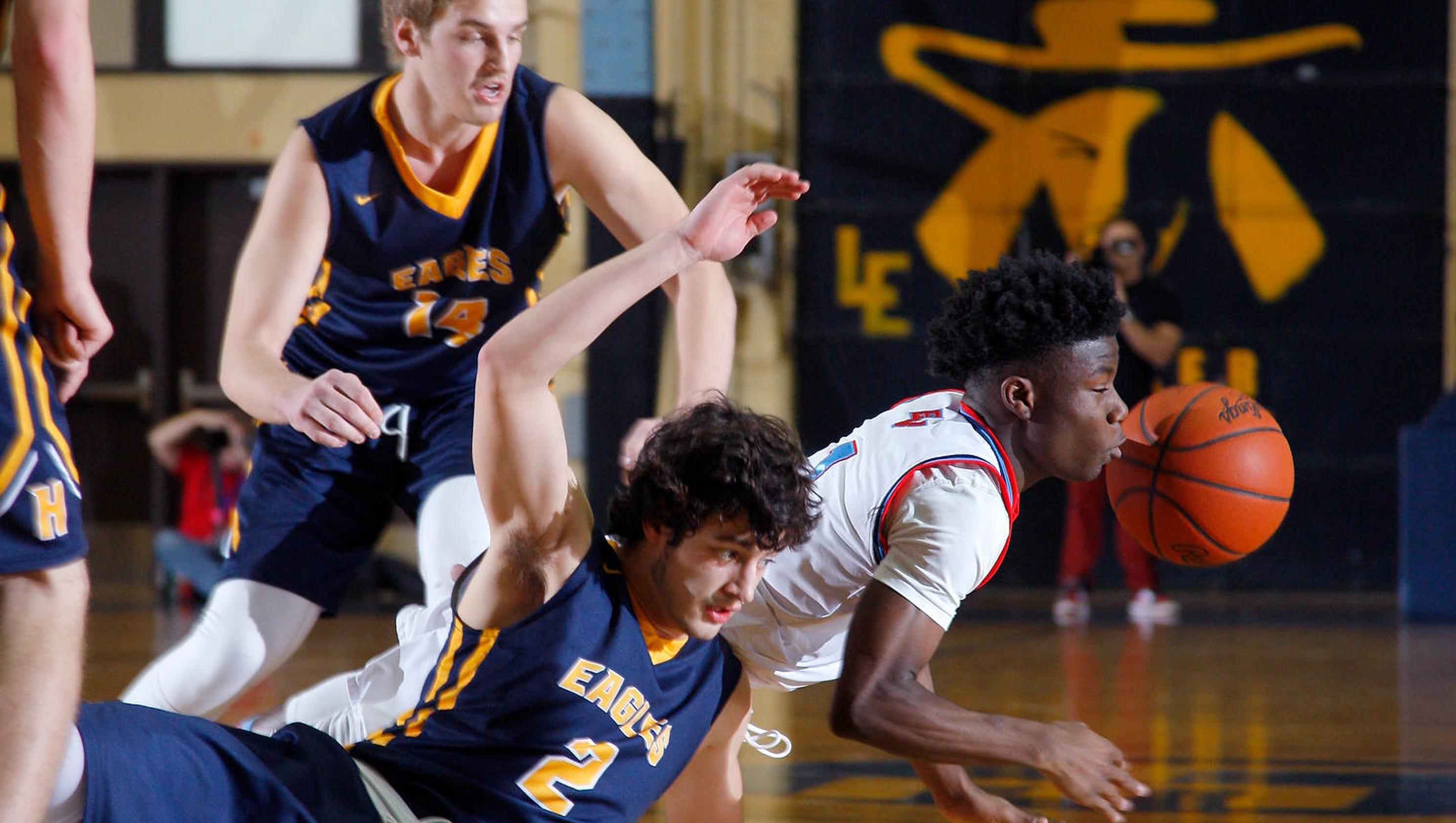 Photos: Everett vs Hudsonville Boys MHSAA Quarterfinals
