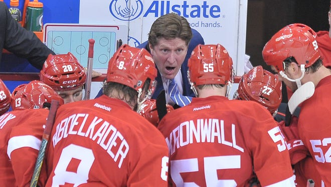 Mike Babcock has 458 wins in Detroit, a franchise record.