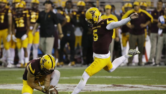 Arizona State Zane Gonzalez kicks a field goal against Washington State during Pac-12 action on Saturday, Oct. 22, 2016 in Tempe, Ariz.