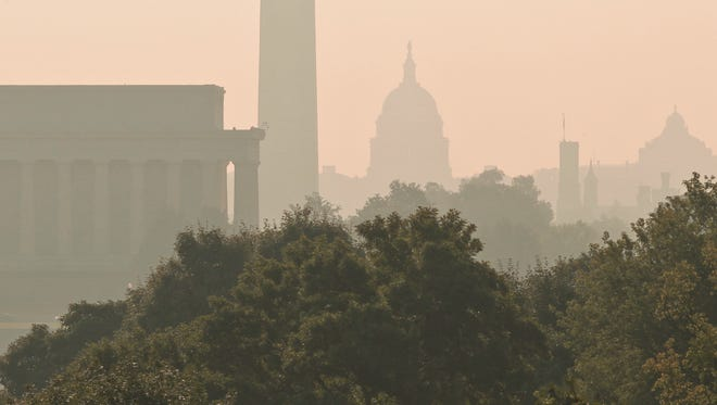 File photo of oppressively hot and humid day in Washington, D.C.