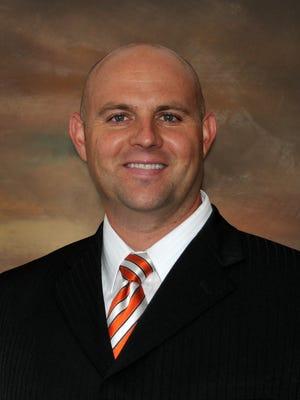 Darin Allred, an orthopedic surgeon at Southwest Orthopedics and Sports Medicine.